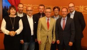 CDU Wahlkampf De Maizeire plus 7