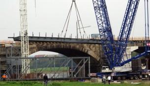 Albertbrücke 10-06
