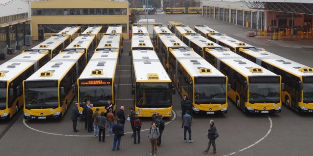 Neue Busse 2812