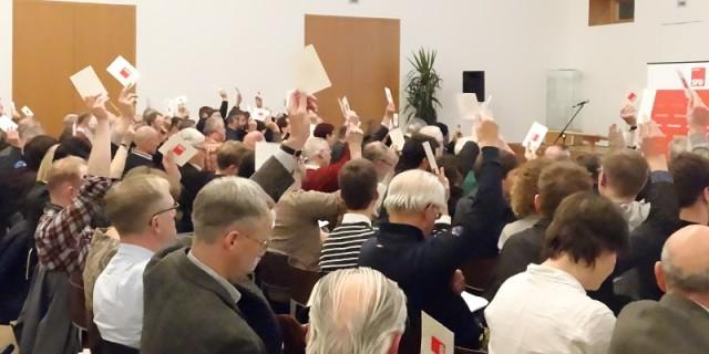SPD Parteitag 0212 2015 abstimmung