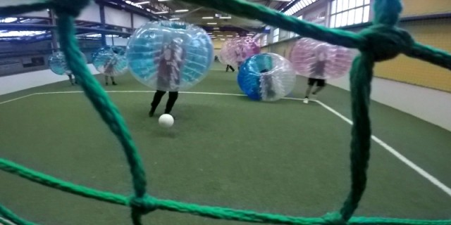 strassenkreuzer bubble football