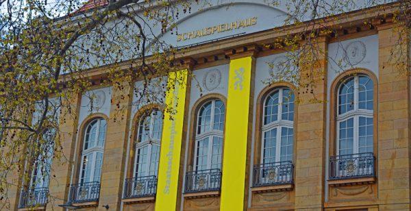 schauspielhaus 2704