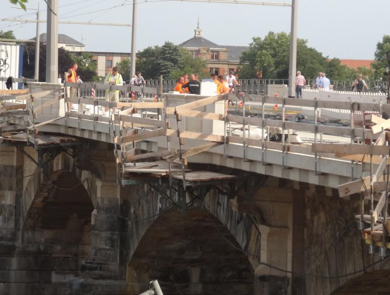 Albertbrücke 2107 2016 geländer