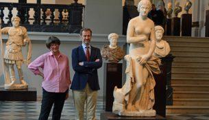 Antik-Ausstellung 2207
