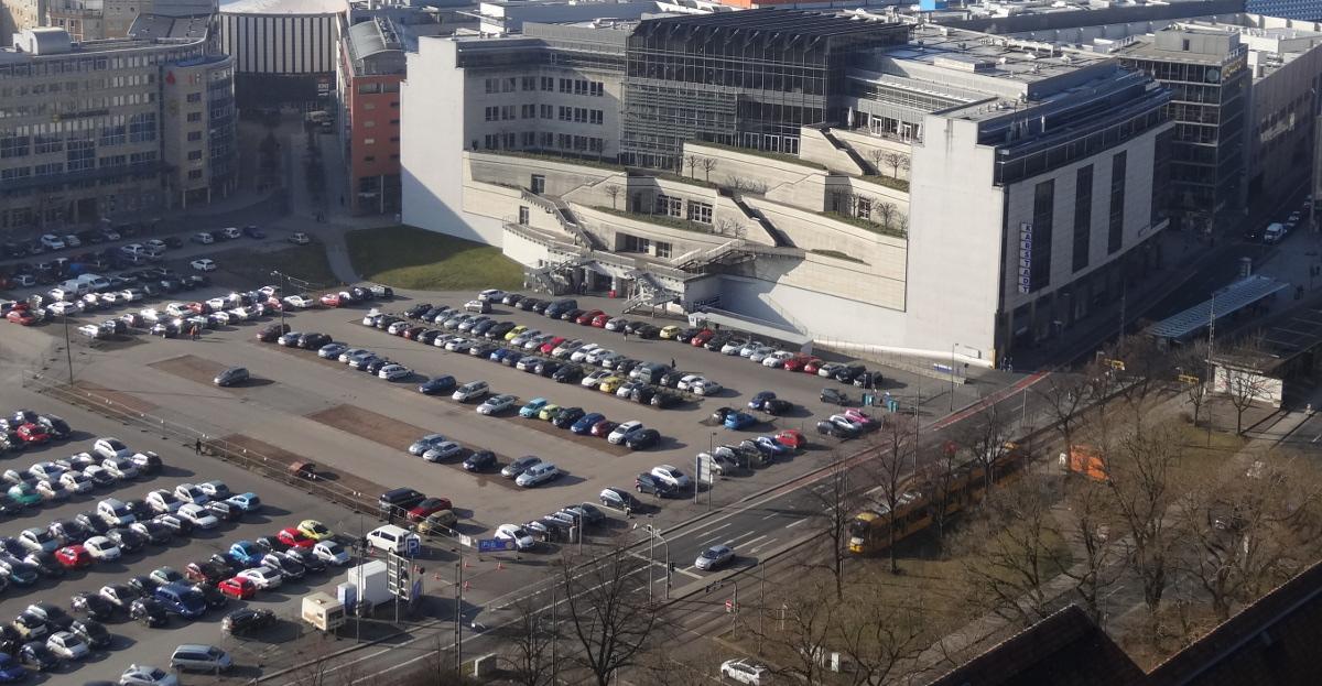 Ferdinandplatz vom Rathausturm